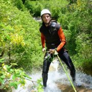 canyoning canyon rafting canoe proche pays de gex geneve lausanne nyon jura st claude bugey chaley lyon grosdar coiserette tessin guide famille enfants ados amis evg evjf anniversaire 83