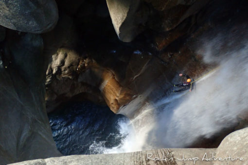 Stage Canyoning dans le Tessin suisse