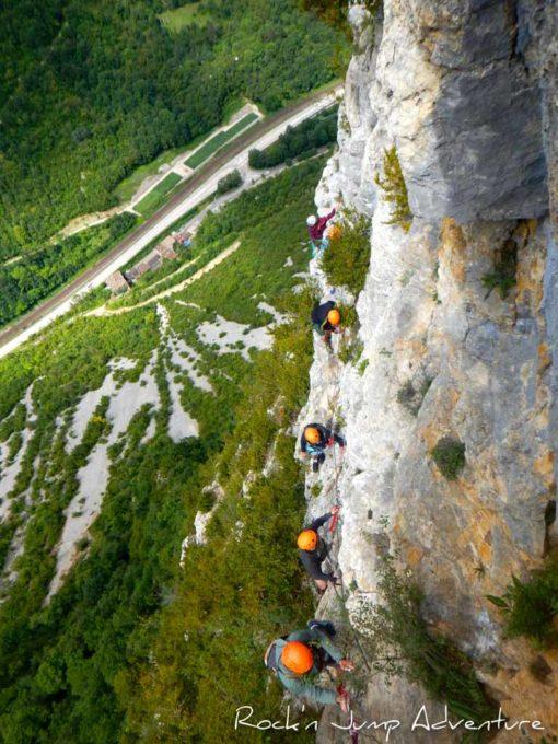 camp vacances verticales canyoning escalade jura